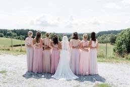 Braut und ihre Mädls, Hochzeit mit Julia Leifheit Hochzeitsplaner und Wedding Day Management aus München