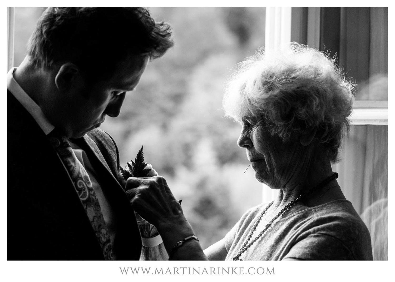 Mutter und Sohn am Schloss Elmau, Hochzeitsplanung mit Julia Leifheit Wedding Day Management, Hochzeitsplanerin aus München
