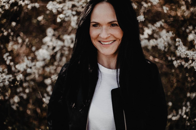 Schöne Liebe Traurednerin, für Hochzeiten in Bayern mit Hochzeitsplanerin Julia Leifheit